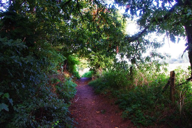 Public footpath to Captain's Pool, Spennells, Kidderminster