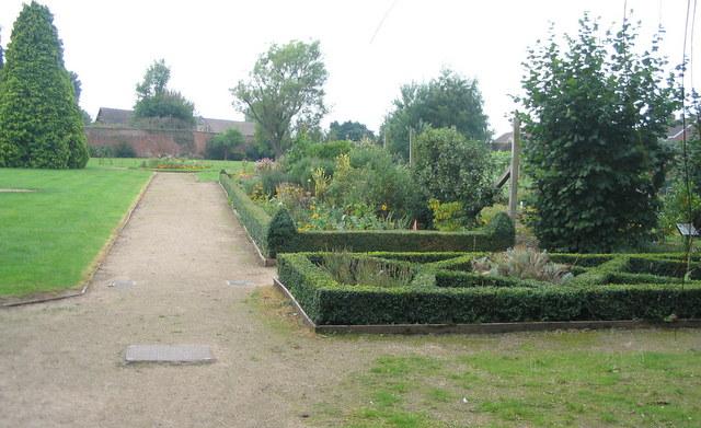 Walled garden, Allesley Hall