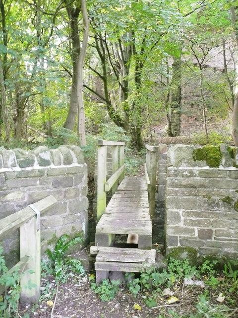 Footbridge over Holywell Brook