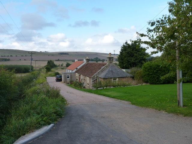 Cruivie farm cottages