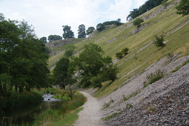 Scree on the side of Wolfscote Dale