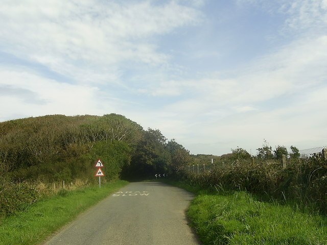 Bend in the road near Bryngwyn