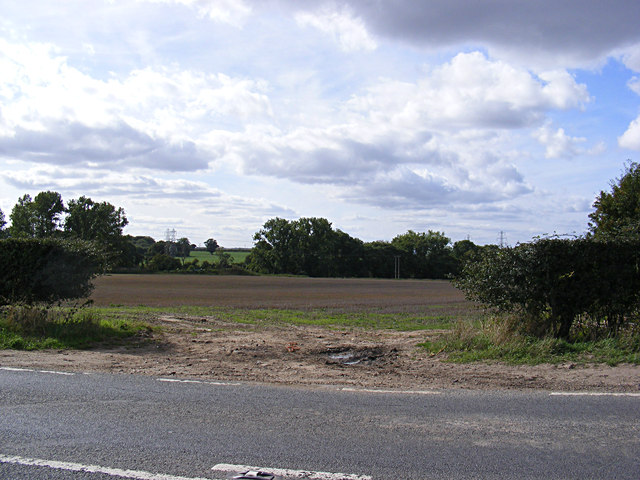 Field entrance off the B1332 Bungay Road