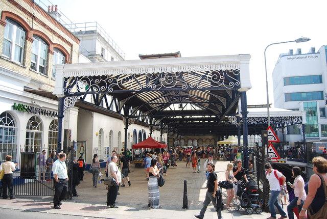 Forecourt, Brighton Station