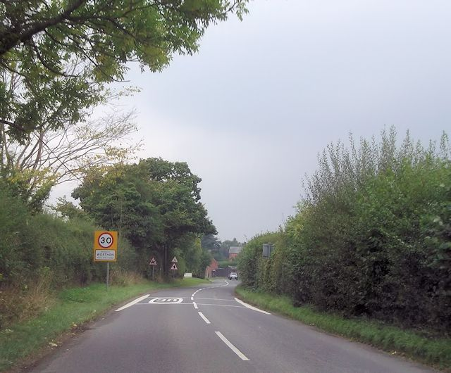 B4386 entering Worthen