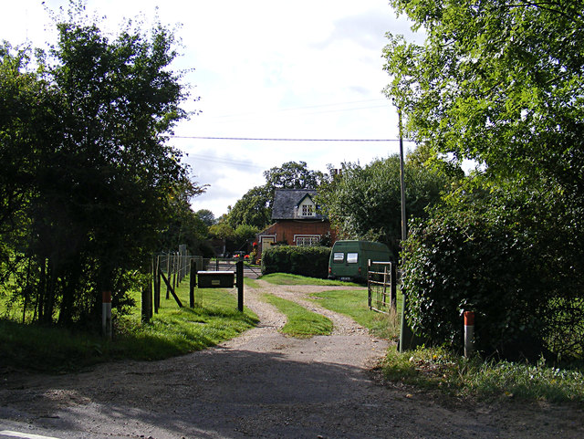 Entrance to Meadow Cottages