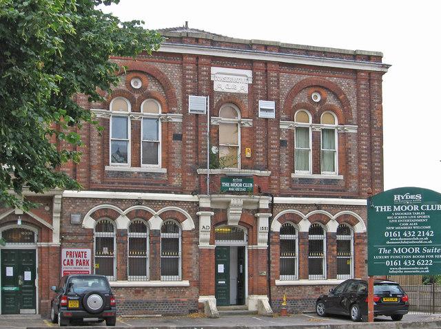 Heaton Moor - The Moor Club