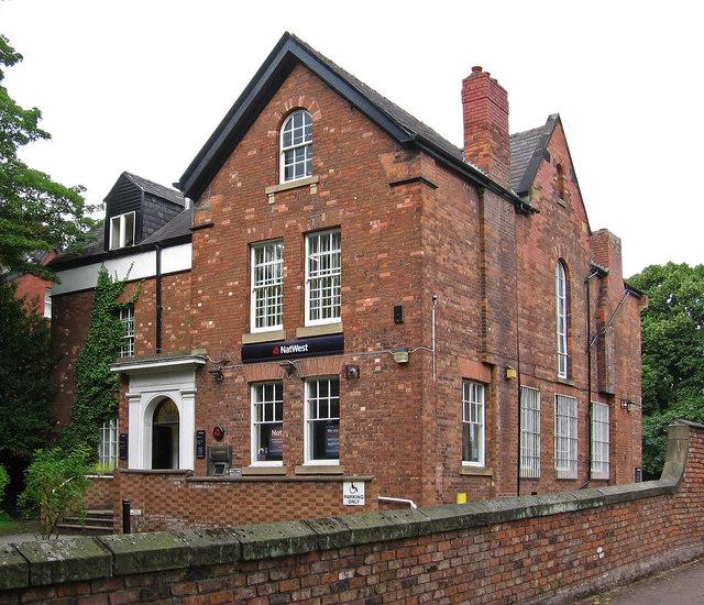 Heaton Moor - NatWest Bank
