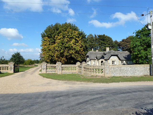 Suffield Lodge and gate