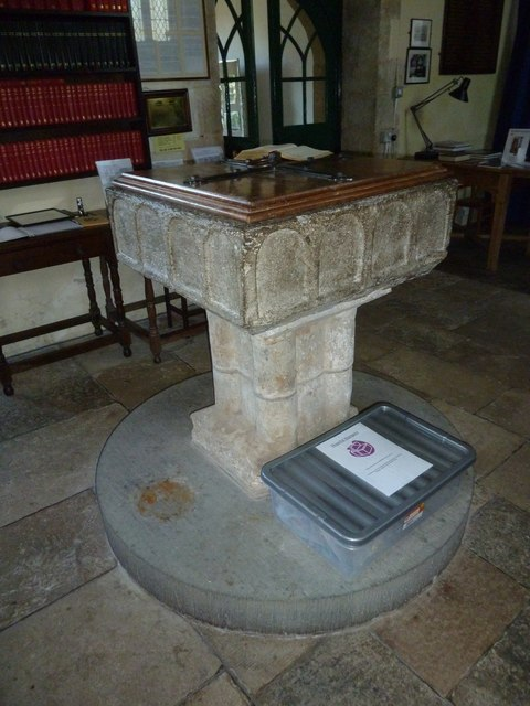 St Mary Magdalene, Loders: font