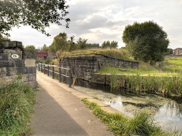 Manchester, Bolton and Bury Canal, Remains of Railway Bridge at Radcliffe