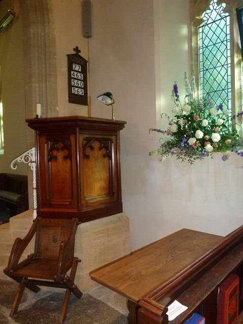 St Michael, Askerswell: pulpit