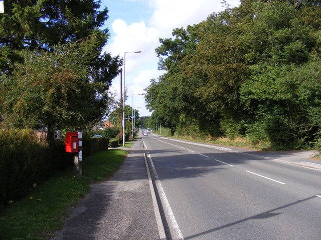 B1332 Norwich Road & 53 Norwich Road Postbox