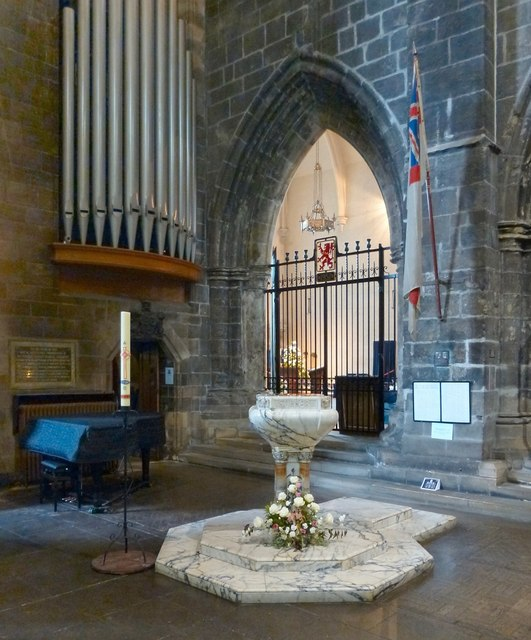 Paisley Abbey: the south transept