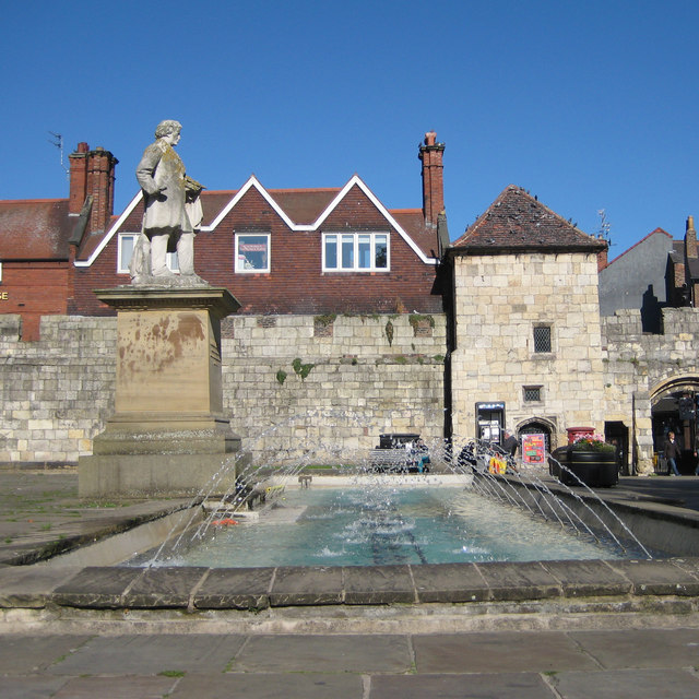 Fountain and statue of William Etty, Exhibition Square