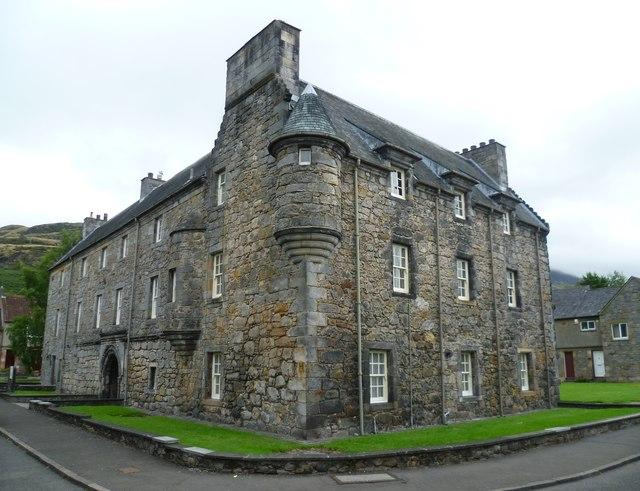 Castle Menstrie, Castle Road