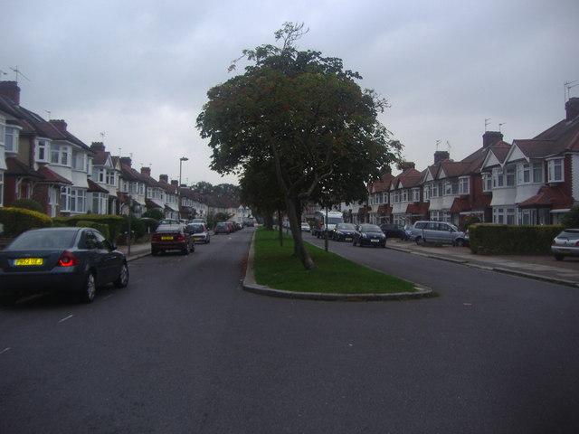 Brook Avenue, Edgware