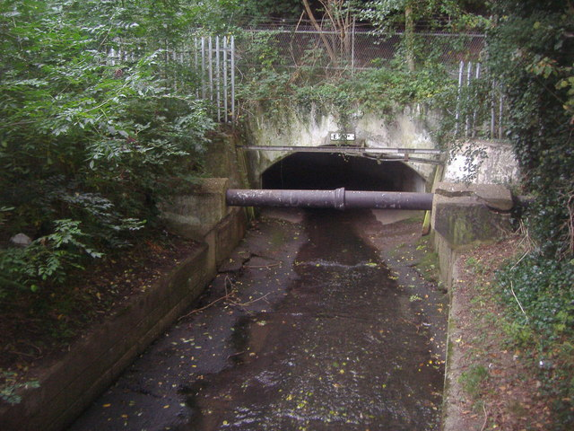Dollis Brook going underneath the Northern Line