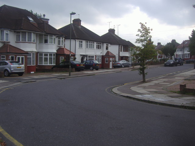 Brook Avenue, Edgware