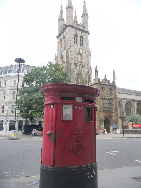 City of London: postbox № EC1 101, Holborn Viaduct
