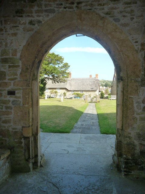 St Mary, Burton Bradstock: churchyard (v)