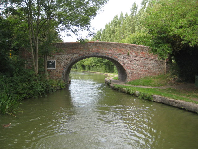 Grand Union Canal: Bridge Number 83