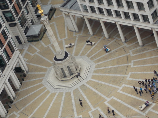 City of London: Paternoster Square from above