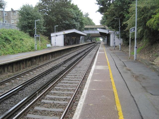 Falconwood railway station, Greater London