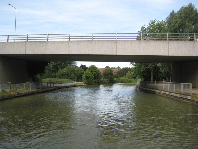 Grand Union Canal: Bridge Number 85A