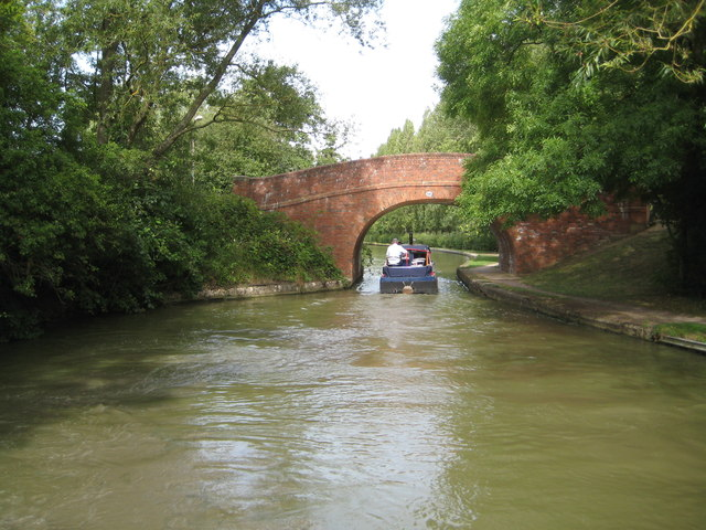 Grand Union Canal: Bridge Number 87