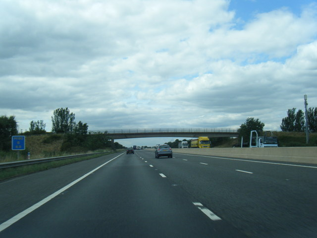 M180 nears Plains Lane overbridge