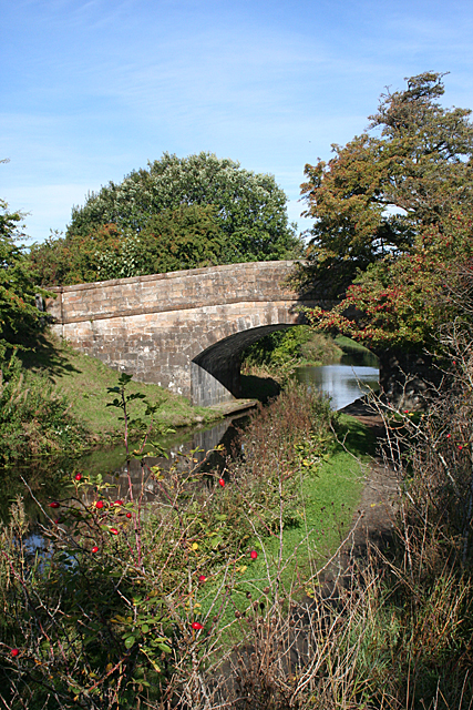 Bridge 33 in Autumn