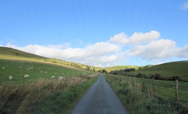 Lane northwest of Cefn-y-rhodfa