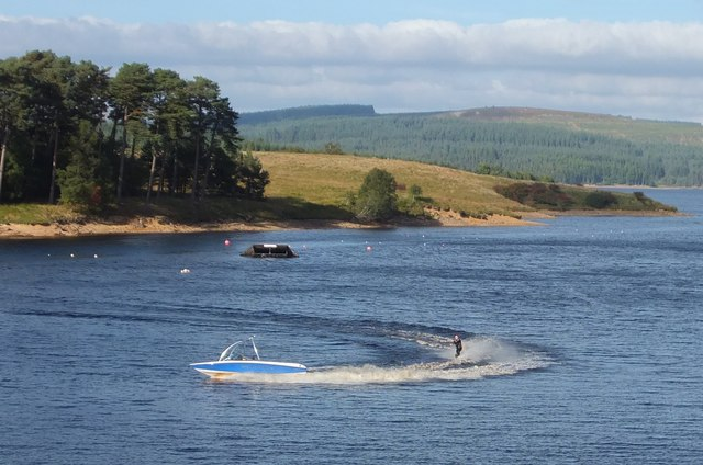 Water skiing at Little Whickhope (2)