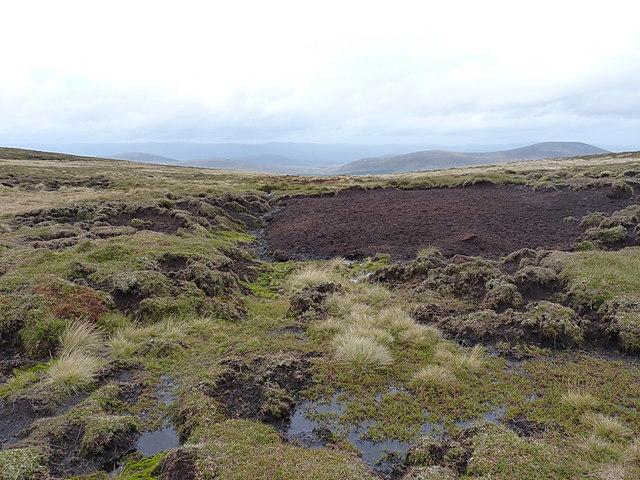 Marshy, peaty ground at the head of the Alltan Creagach