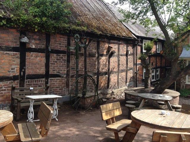 Tea-room courtyard, Knutsford