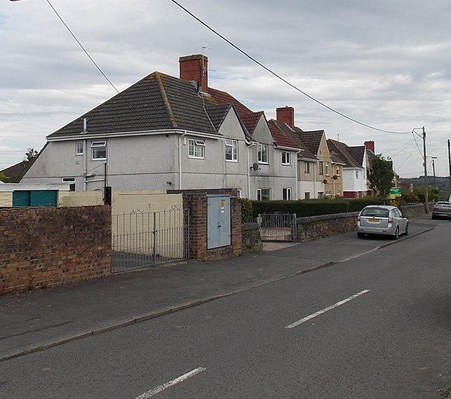 Plas Road houses, Grovesend