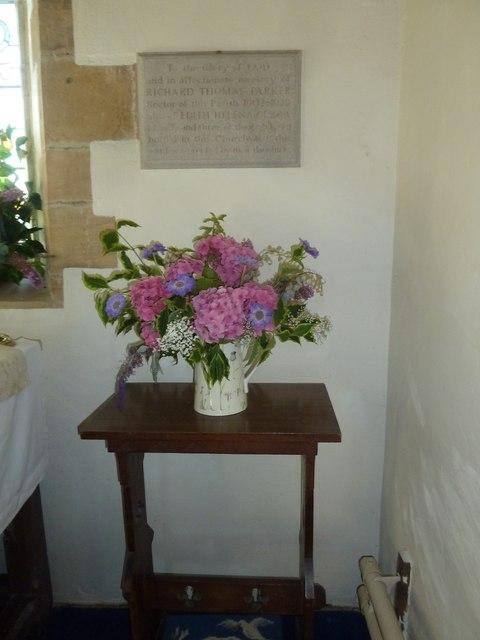 Inside St. Giles, Hooke (6)