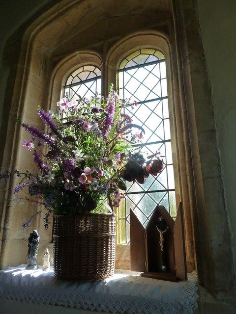 Inside St. Giles, Hooke (13)