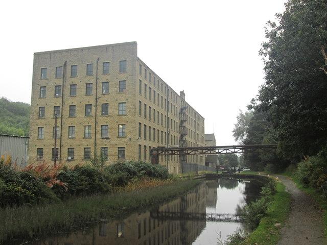Britannia Mills and Lock 6E