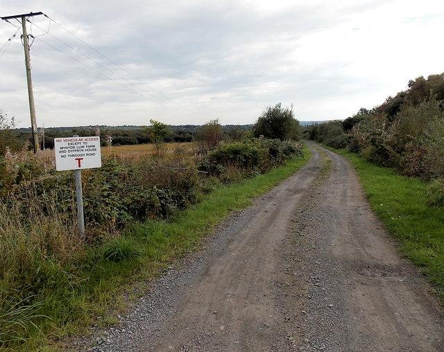 No vehicular access ahead near Grovesend