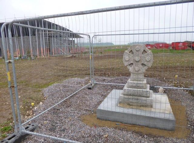 Winterbourne Stoke, Airmen's Cross
