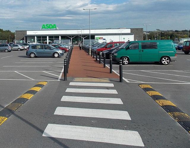 Path through the car park to Asda in Gorseinon