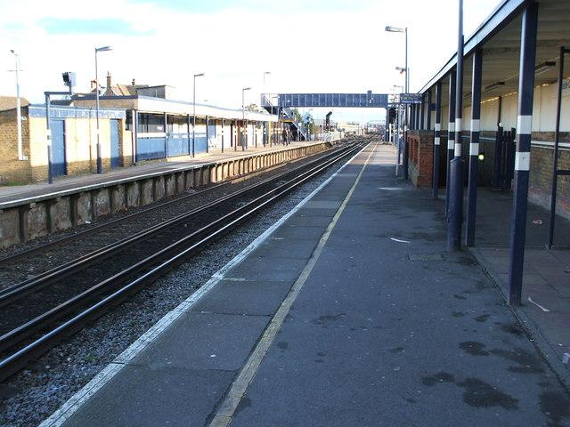 Slade Green railway station, Greater London