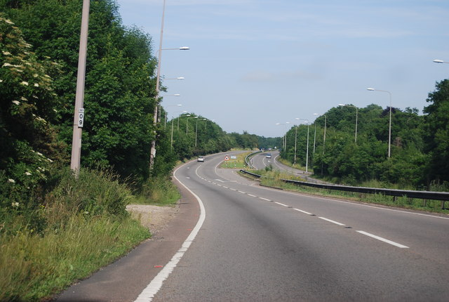 su9506 a27 fontwell near to slindon west sussex great britain: http://www.geograph.org.uk/photo/3683386