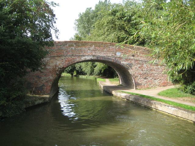 Grand Union Canal: Bridge Number 90