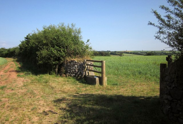 Gateway with trough, West Yeo