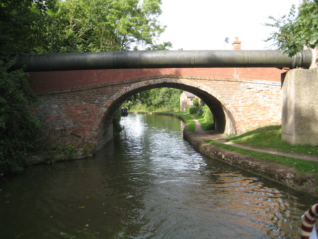 Grand Union Canal: Bridge Number 92