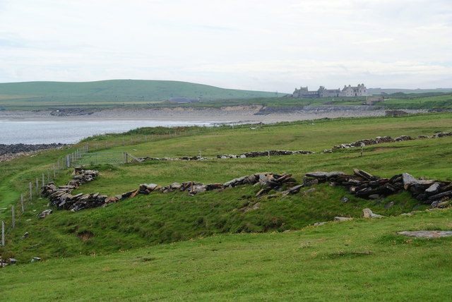 Old wall and new fence by the Bay of Skaill