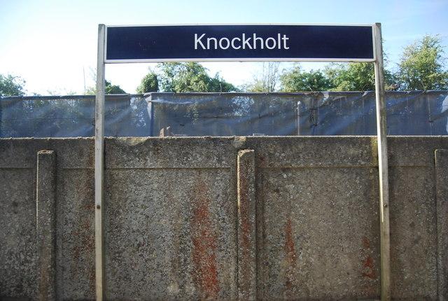 Station sign, Knockholt